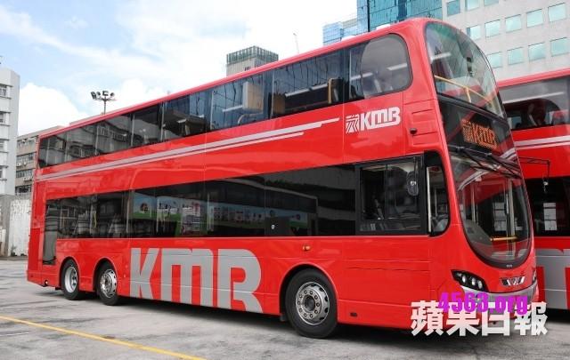 《九巴「紅巴士」真的挺有時尚感 , 內置USB充電 , 免費Wifi》